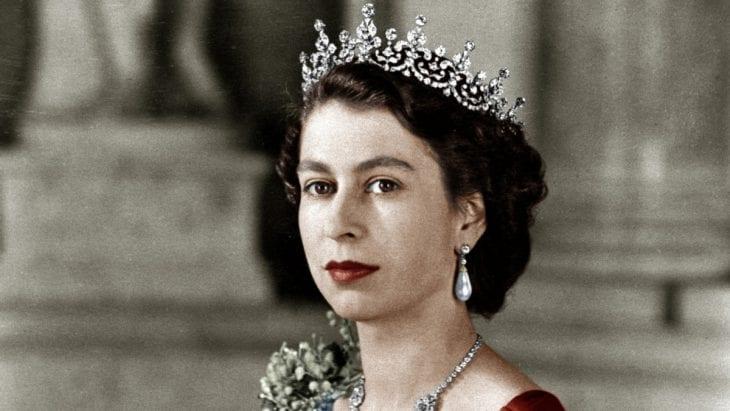 elizabeth-becomes-queen